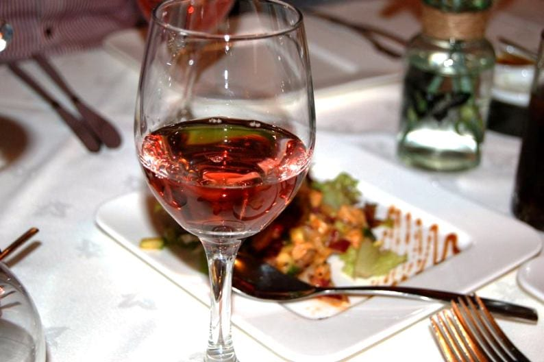 Diners raise a glass to sensational spice and sommelier evening I Love Newcastle