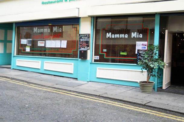 """Mamma Mia's """"Molto Buona"""" I Love Newcastle"""