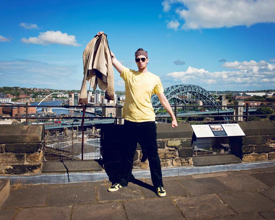Newcastle Escapologist To Follow In Houdini's Footsteps With Death-Defying Stunt I Love Newcastle